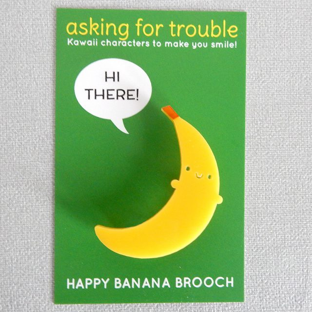 happy banana brooch