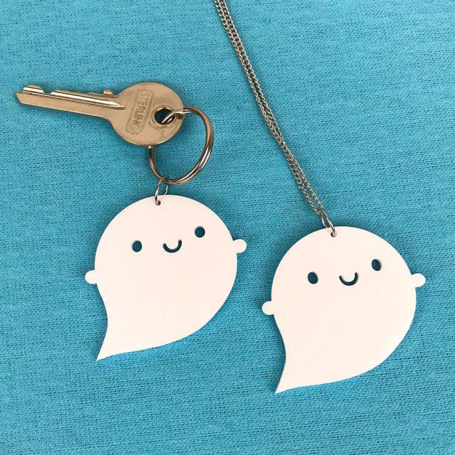 halloween ghost kawaii keyring